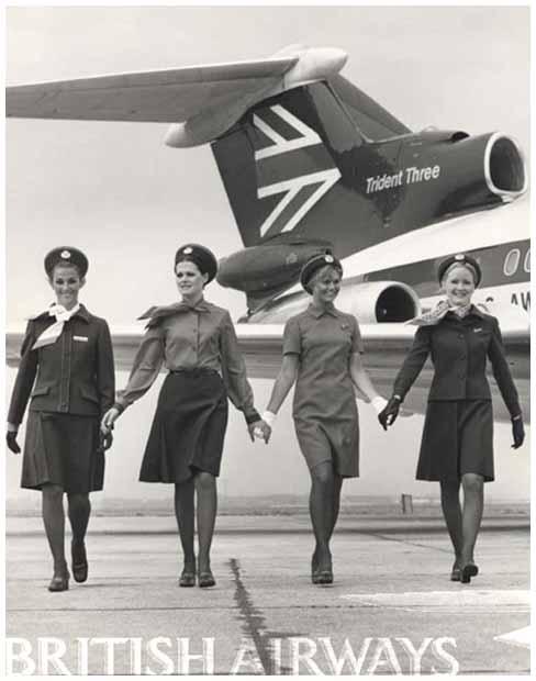 Variasi seragam pramugari British Airways di tahun 1973 untuk musim dingin dan musim panas.